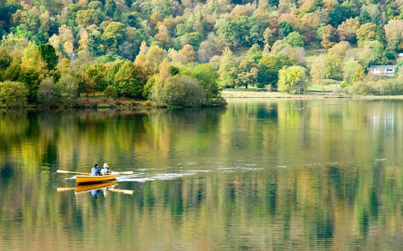 Rowing_on_Grasmere